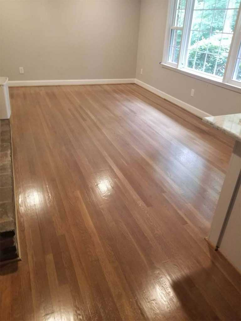 Hardwood refinishing pros